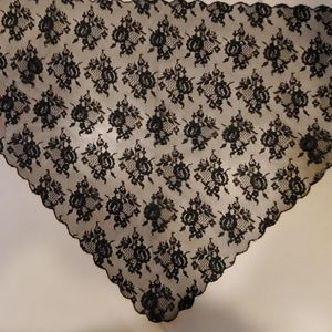 Accessories - Lovely Black Lace Kerchief or Scarf